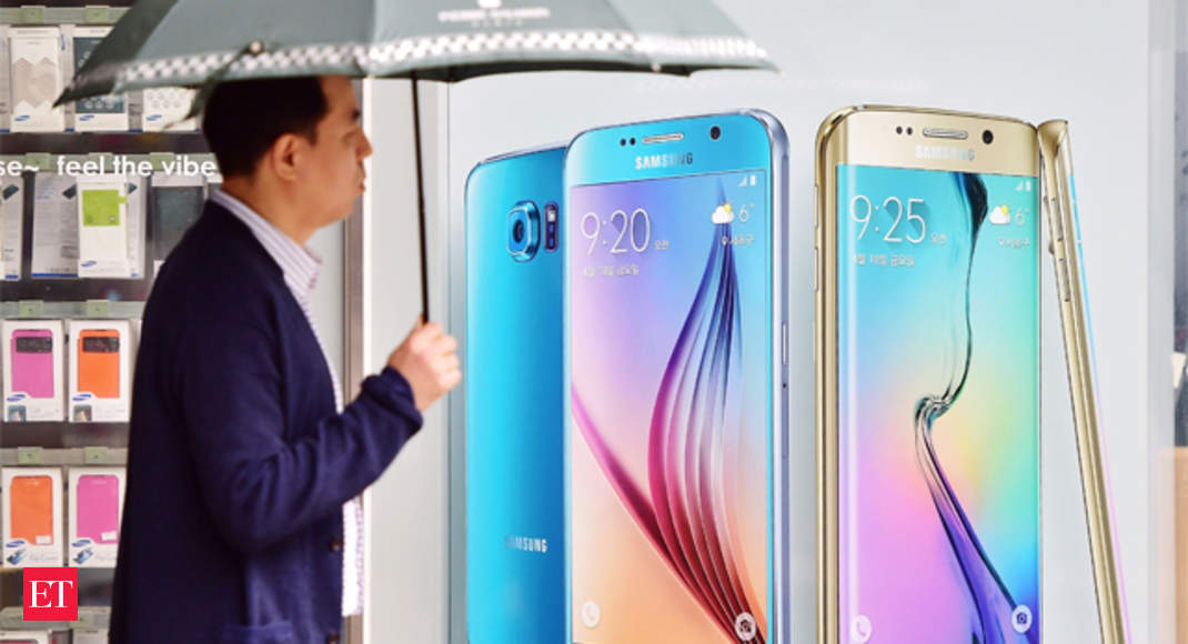 Samsung overtakes Apple in Rs 30,000-plus smartphone ...