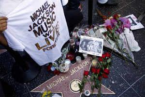 Michael Jackson Memorials Michael Jackson's career Michael Jackson's Albums Michael Jackson impersonators