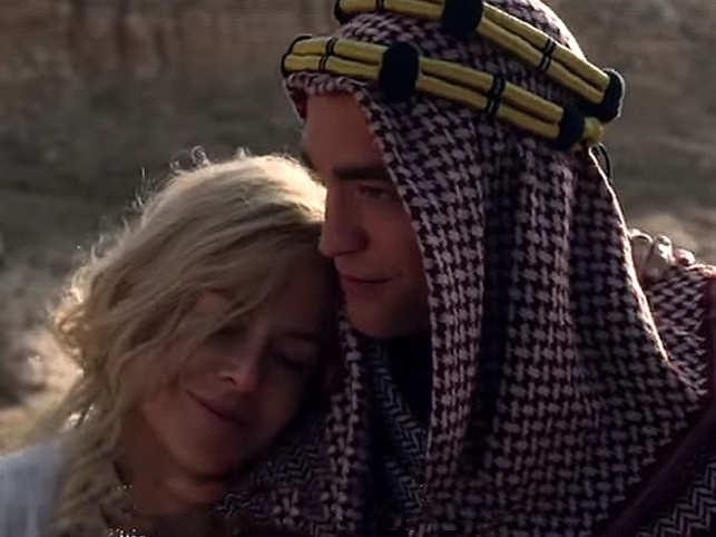 Robert Pattinson And Nicole Kidman S Queen Of The Desert Trailer