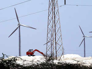 Wind power producers in Tamil Nadu with the largest installed capacity churning out 7,395 mw of green power, are dreading a reprisal of the 2014 wind season.
