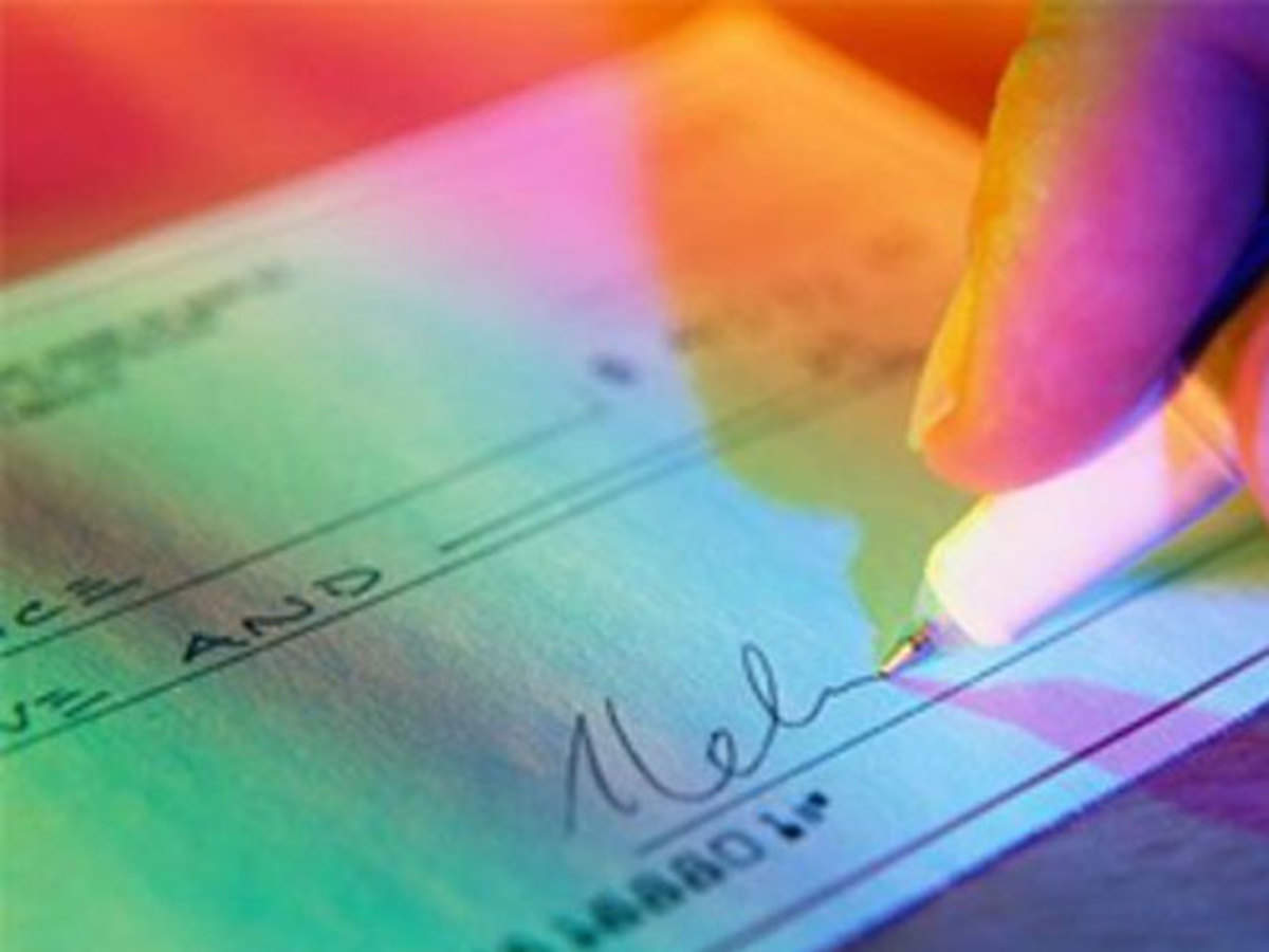 What if your cheque bounces? 4 reasons why you should not