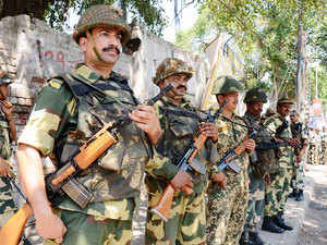 A pic of Indian Border Security Force (BSF) personnel standing guard in Amritsar on June 6, 2015.