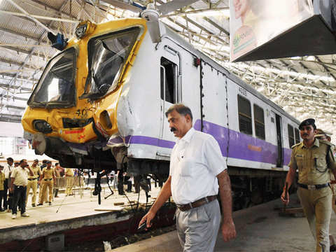 Motorman of the local suspended - Mumbai local train rams