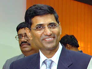 Anex-IPSofficer,NandkumarSaravadewas an independent advisor on fraud and security to Ernst & Young (EY) andICICIBank.