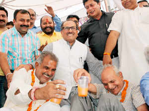 bjp committed to setup aiims in jammu says mla r s pathania the