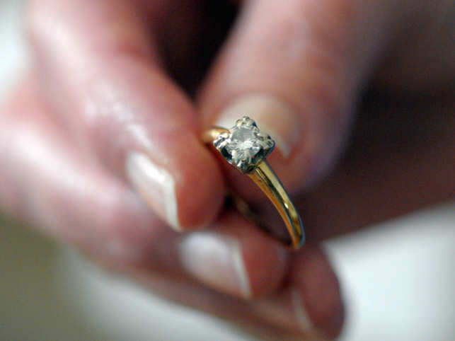 In 2014, till March 31, 454 couples have already decided to get separate through legal process.