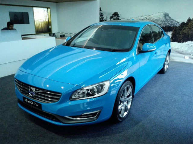 Safety features include a City Safety System - Volvo S60 T6