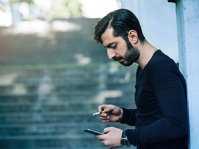Just receiving a simple notification on your cellphone can cause enough of a distraction to impair your ability to focus on a given task.
