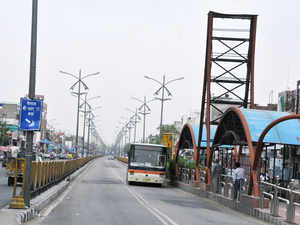 """Expressing shock at Delhi government's decision to scrap the controversial BRT corridor in south Delhi, a green body termed it as a """"regressive"""" step."""