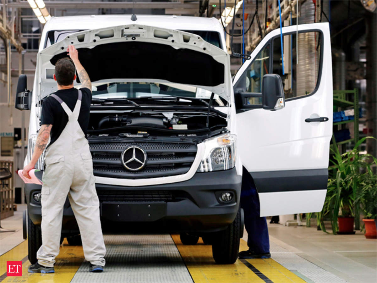 Mercedes Benz Recalls 150 Cars Over Faulty Fuses In China The Clk 250 Fuse Box Economic Times