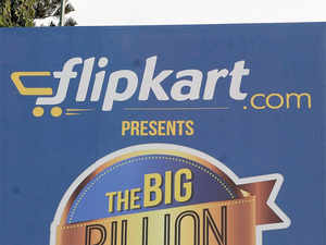 Indian etail market is heating up, with Amazon's $5 billion war chest plan and Snapdeal, Paytm catching up whileFlipkart has closed a funding round of $700 million.