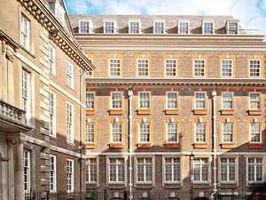 Yusuffali MA has agreed a GBP $171 million deal to develop a luxury hotel on the site of the original Scotland Yard Police Station in London.