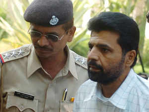 File photo: Yakub Memon met elder brother Suleiman and cousin Usman for the last time at Nagpur Central Jail late on Wednesday evening.