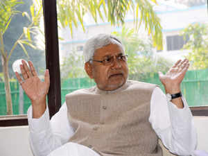 Bihar Chief Minister Nitish Kumar was today heckled by a group of youths at the inauguration of the Delhi chapter of Bihar Foundation here.