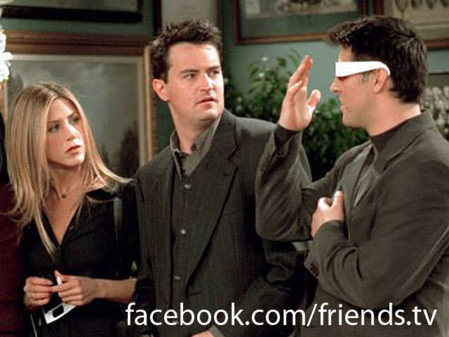 """Theother """"Friends"""" stars Lisa Kudrow (Phoebe) and Courteney Cox (Monica) were present."""