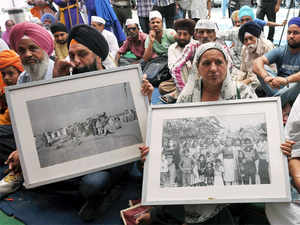"""""""KejriwalGovernment is doing petty politics in the name of paying compensation ofRs5lakhto the 1984 anti-Sikh riot victims."""