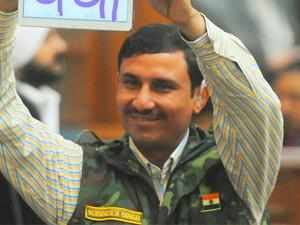 AAP MLA Surinder Singh, who was granted bail by court after his arrest for allegedly assaulting an NDMC employee, will join ex-servicemen protesting over One-Rank-One-Pension (OROP) issue.