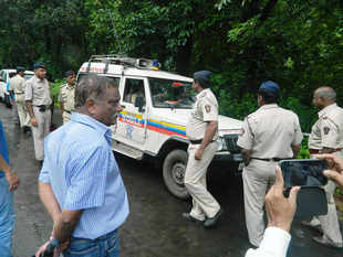 Sheena's mother,IndraniMukherjeeis believed to have killed her, allegedly by strangulating, with help from driver S PRai.