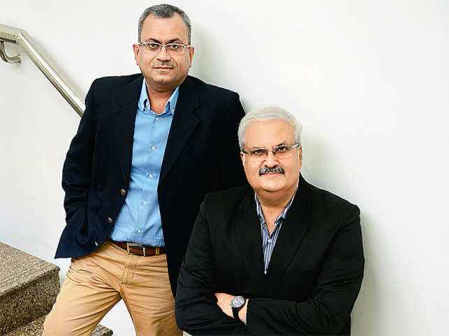 (Left) KK Chutani, CMO, Dabur (Right) Sunil Duggal, CEO, Dabur