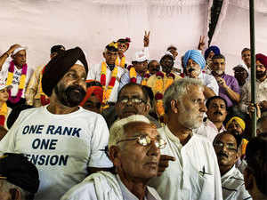 Ex-servicementoday won a partial victory with the govt announcing that it would implement it, but the veterans rejected the decision and decided to continue their agitation.