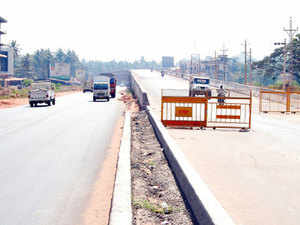 The government today revised the cost estimates for four-laning of Ramban to Banihal and the Udhampur to Ramban section of the NH-1A in Jammu & Kashmir.