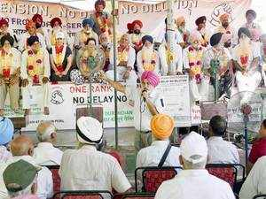 """The protesting ex-servicemen will go ahead with their proposed 'SainikEkta' rally to press for """"honest & truthful justice"""" as they rejected the OROP scheme."""