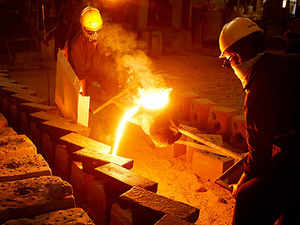 In the first four months of 2015-16, the manufacturing sector output has risen by 4% in 2015-16 as compared to 2.8% in the similar period of last fiscal.