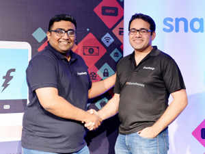 b71667d37 Snapdeal-owned Freecharge takes on Flipkart