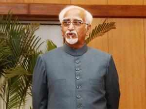 Hamid Ansari flew in here this evening from the Cambodian capital of Phnom Penh for a two-day visit, the first by an Indian Vice President to Laos.