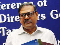 The Securities and Exchange Board of India has sought public opinion on the proposals made by the government appointed committee on curbing mis-selling and rationalising distribution incentives in mutual funds. The committee headed by Sumit Bose, (in picture) former finance secretary has suggested a ban on upfront commissions and non-fungibility of cost caps within the overall total expense ratio.