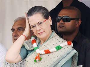The MLAs have chosen to go with Congress chief Sonia Gandhi just two days after Amritsar MP Amarinder Singh hinted at going solo in the 2017 assembly election.