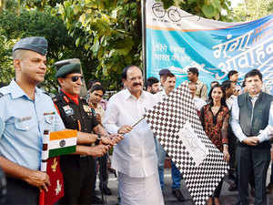 Naidu today flagged off the Ganga expedition here, which will be headed by Wing Commander and adventure sportsman Paramvir Singh.