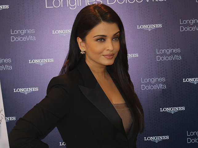 "All set to return to the silver screen after five years with ""Jazbaa"", Aishwarya Rai speaks about the film, director Sanjay Gupta and more. (Image: Anjani Monga)"