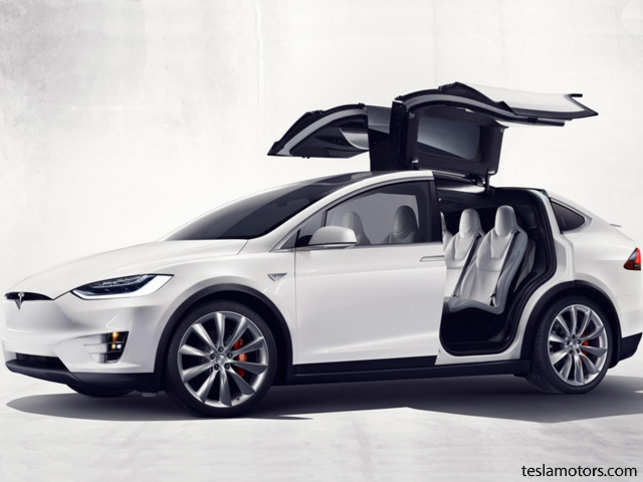 After Years Of Delays Tesla Has Finally Unveiled The First Run Model X