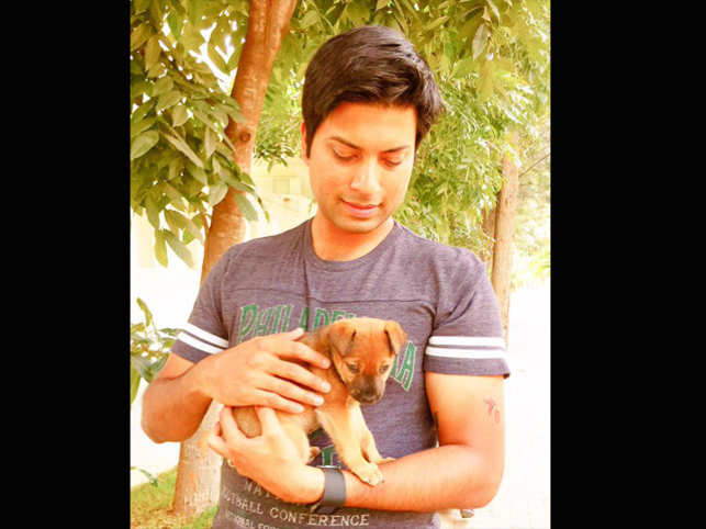 Mittu is home-hunting for a threeweek-old pup he found wandering the streets in Bengaluru.