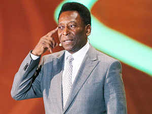 'Thank you Kolkata', Pele said with a broad grin as he kept on waving at the crowd standing on the floor of his car and the fans reciprocated by chanting 'Pele, Pele'.