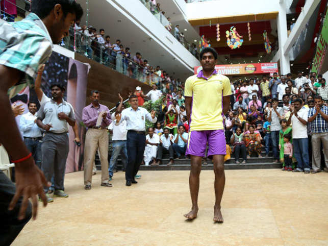 A 19-year old engineering student today made an attempt to enter the Guinness Book of Records by doing continuous backward body skips.