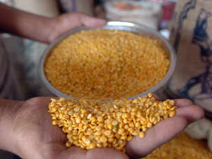 Retail tur dal prices today shot up to Rs 200 per kg despite the government's steps to boost supply and check prices, aggravating consumers' woes.