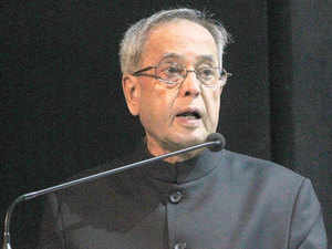 President Pranab Mukherjee today extended warm greetings and good wishes to people on the occasion of Durga Puja.