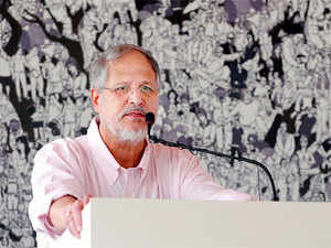 Lt Governor Najeeb Jung today held a review meeting ahead of the meet, starting on October 26, with all the stakeholders including Delhi Chief Secretary.
