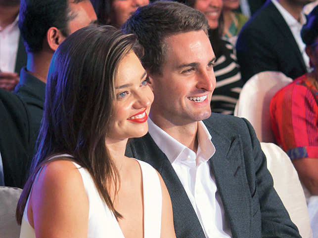 Snapchat CEO Evan Spiegel and his glamorous girlfriend Miranda Kerr took the centrestage at the Jio ET Startup Awards. But the couple made time for some R&R too.