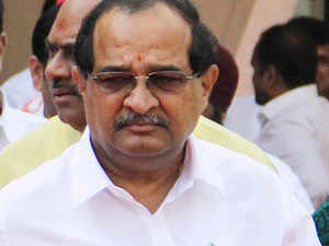 Congress leader ​Radhakrishna Vikhe Patil criticised the ruling alliance partner Shiv Sena for putting up a poster showing President Pranab Mukherjee and PM Modi bowing before the late Bal Thackeray.