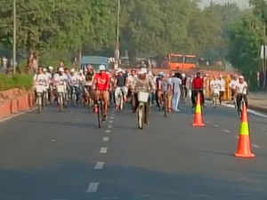 The Car-Free Day was today organised on road stretch between the historic Red Fort and India Gate from 7 AM to 12 noon.