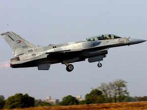 File photo: US fighter jet F-16 take-up during the 'Aero India 2009' at Yelahanka air base on the outskirts of Bangalore.