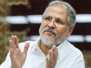 """Delhi Lt Governor's office today refuted the charges of AAP government that Najeeb Jung had relieved the VAT commissioner for """"fighting graft""""."""