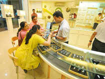 Tracking a firm global trend, gold prices rose further 0.15 per cent to Rs 27,070 per ten grams in futures trading today as speculators widened positions.