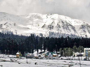 Kashmir will promote 'Winter Kashmir' this year, offering tourists a slice of its world-class snow meadows, sports, cuisine and culture – in short, a Switzerland-like experience at an affordable cost.