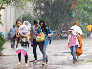 With the north east monsoon setting in over the southern region, Tamil Nadu has witnessed good spells of rain across the state, the weather office said today.