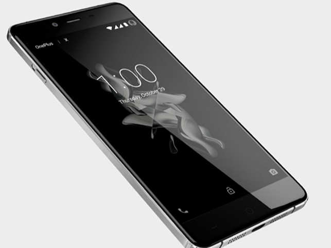 OnePlus today launched two new devices under OnePlus X range -- Onyx and a limited Ceramic edition.