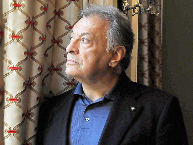 Lending his voice to the rising chorus against intolerance in India, music maestro Zubin Mehta reveals why he is appalled. (Image: Cipla Archives)